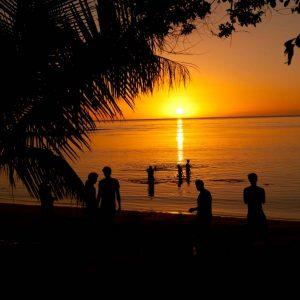 © Barefoot Manta Island